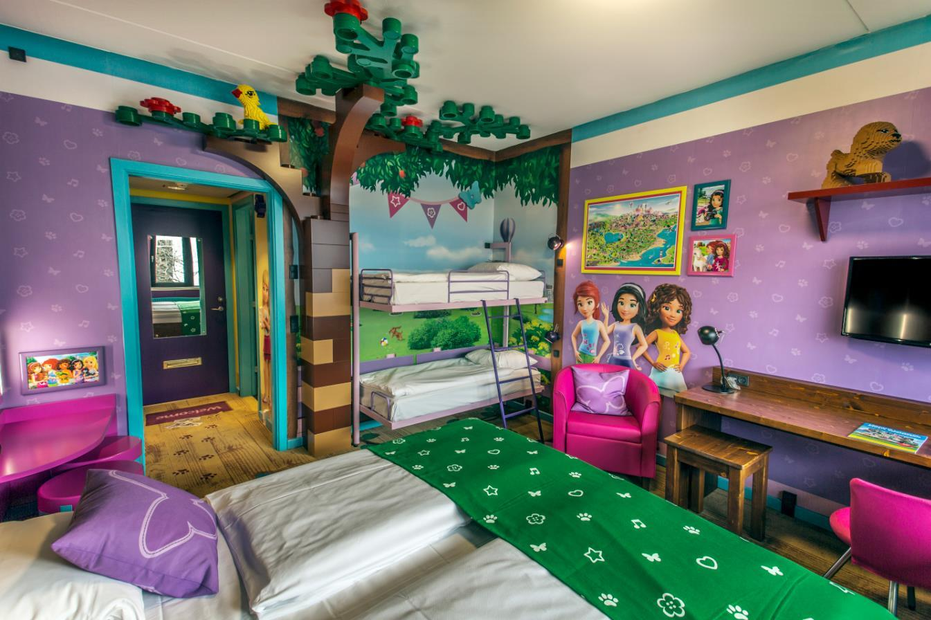 Lego Themed Bedroom Hotel Legoland Accommodations Legoland 174 Holidays